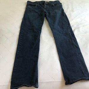Wrangler 32x32 Regular Fit Men's Jeans